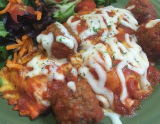 cheese raviois and meatballs
